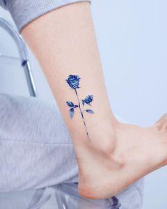 Flor Rosa en tinta azul por Studio by Sol, E. Nal