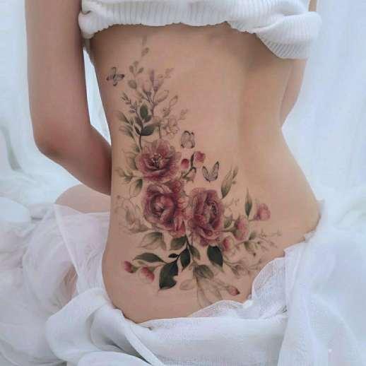 Ramillete de Flores Rosas por Chaewha Tattoo