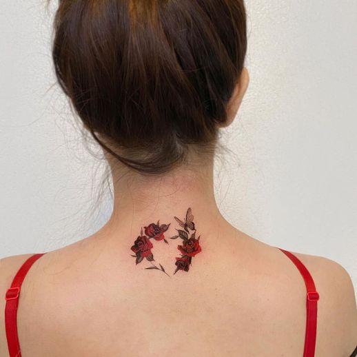 Corazón formado con Flores Rosas Dahong Muse