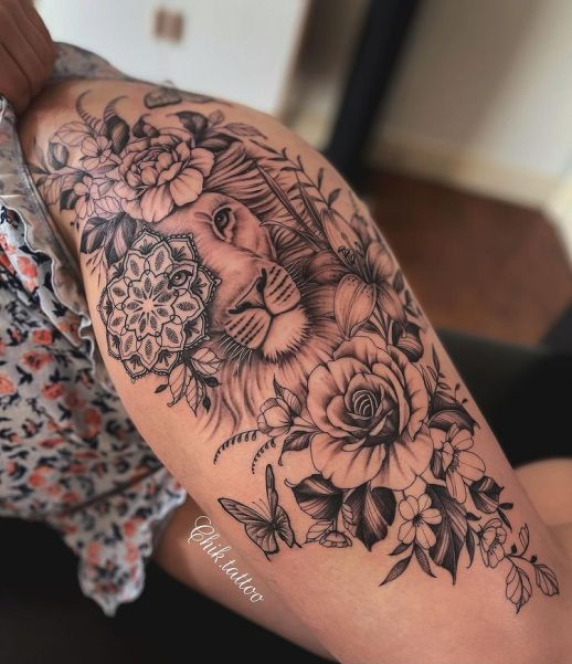 León entre flores por Steve Savard, Chik Tattoo