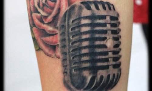 tatuaje microfono