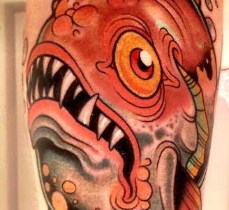 tatuaje pirana