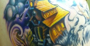 tatuaje casa embrujada
