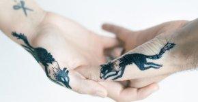 Tatuaje pareja con zorros