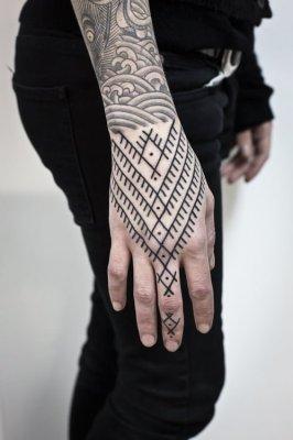 mejores tatuajes en la mano