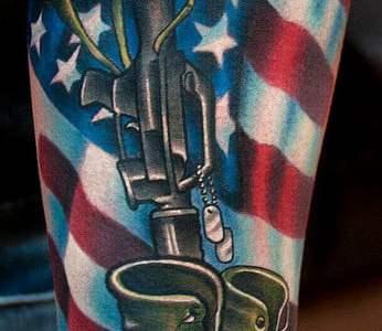 Tatuaje sobre la armada