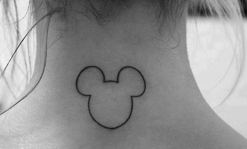 Tatuaje de Mickey Mouse