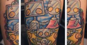 Tatuaje de una familia de robots