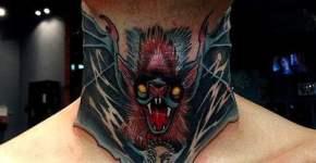 Tatuaje murciélago garganta