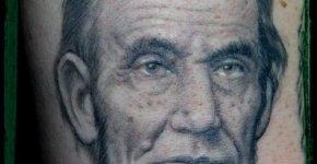 Tatuaje Abraham Lincoln