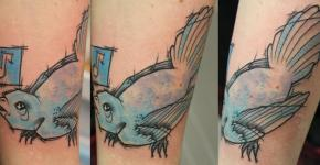 Tatuaje pájaro azul