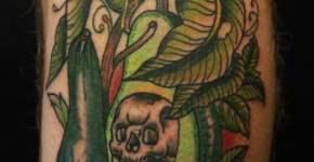 Tatuaje aguacate