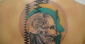 tatuaje modelo anatómico