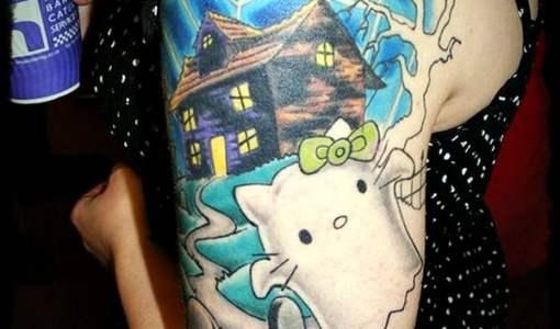 Tatuaje Hello Kitty fantasma