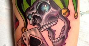 Tatuaje bufón esqueleto