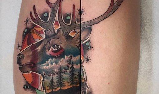 Tatuaje ciervo en la pierna