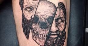 Tatuaje de estatua griega
