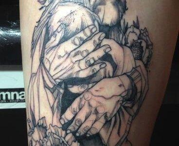Tatuaje anciano con niño