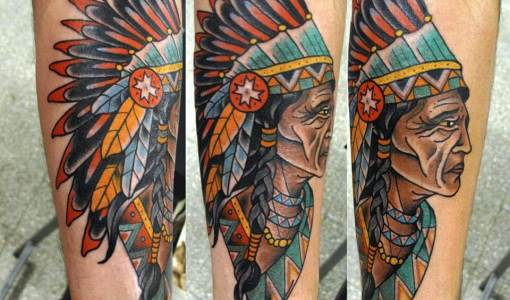 Tatuaje de indio anciano