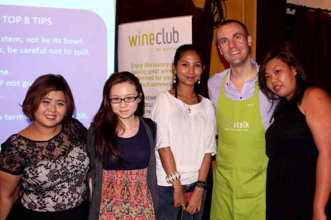 Wine_Talk_david_stephan_with_bloggers_wine_labodega