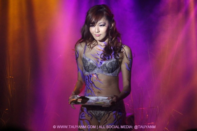 xixili lingerie fashion show, malaysia blogger, youtuber, vlog