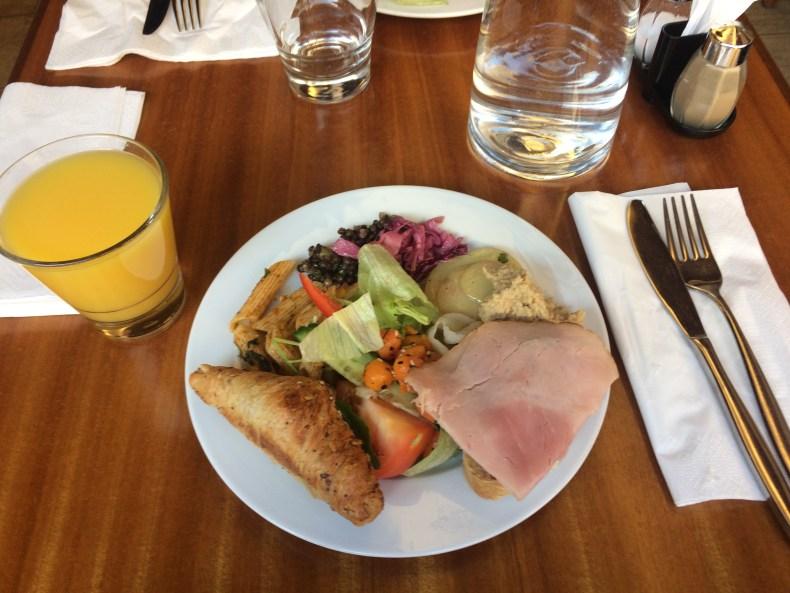 Deli Cafe Mayan brunssi