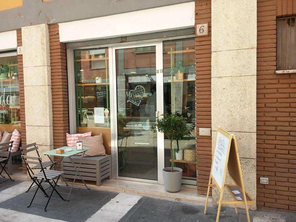 cafemerenda-esterno-tavoli