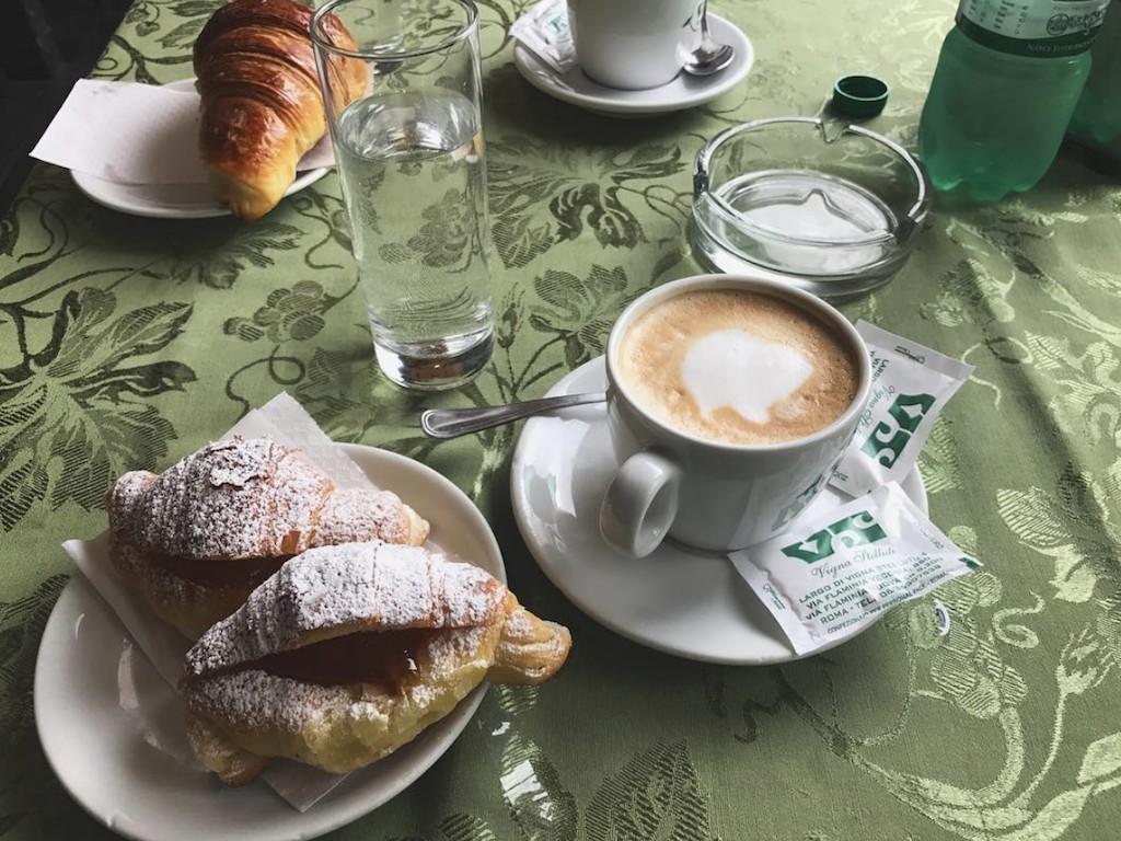 vignastelluti-colazione-tovaglia