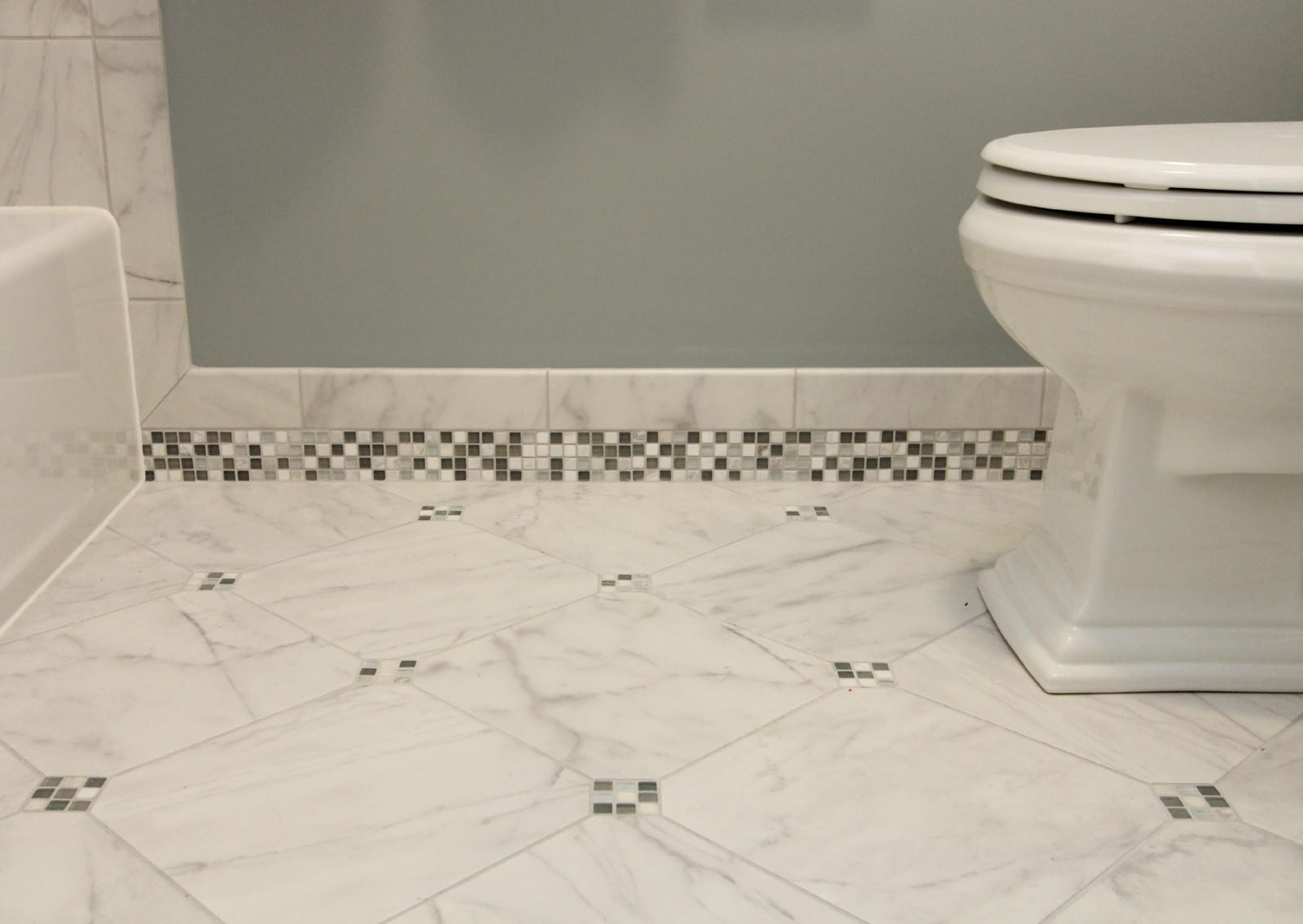 bathroom renovation cool tones with