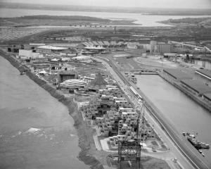 Cite_du_Havre_Expo_67_longview-1ABCD