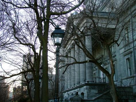 Old Courthouse, Montréal - Taylor C. Noakes, 2009