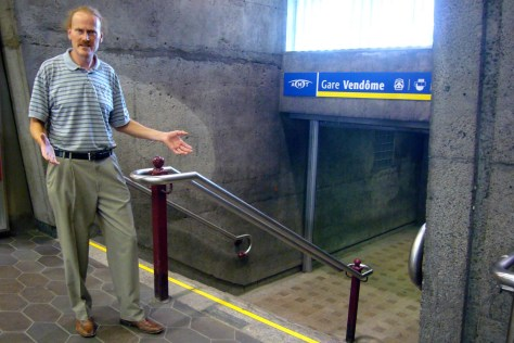 Peter McQueen, demonstrating the inaccessibility of the recently renovated Vendome Métro station