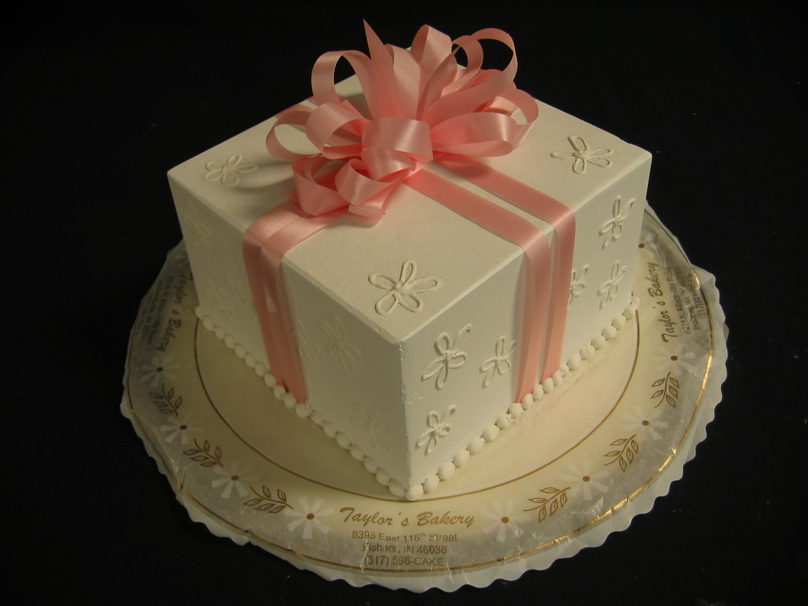 Square Package Cakes 171 Taylor S Bakery