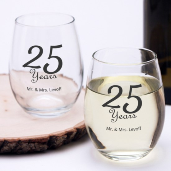 personalized wine glasses for anniversary party