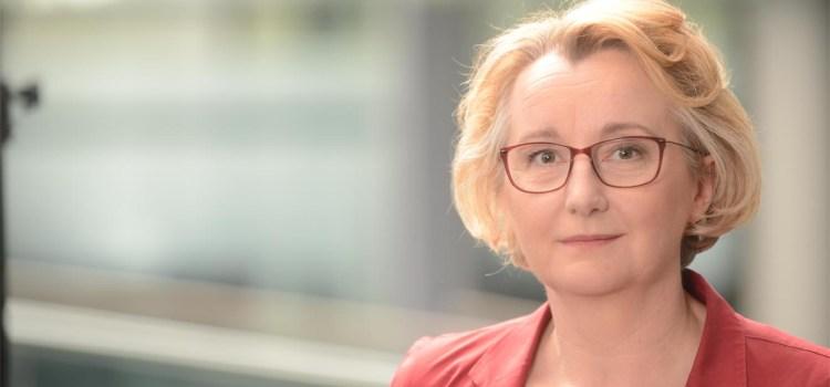 """Bericht: """"Wir brauchen Mut, Kraft und Kreativität"""" – Theresia Bauer MdL in Leonberg"""