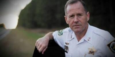 David Gee   Hillsborough Sheriff   Retire