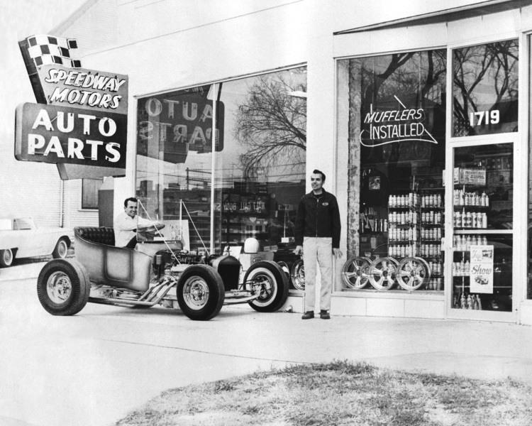 Larry Ryan T-Bucket Speedway Motors