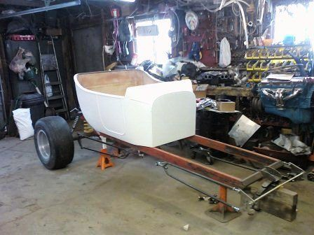 Tara Lubiato Arly Hayden T-Bucket body on chassis (3)