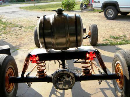 Tara Lubiato Arly Hayden T-Bucket coil spring rear suspension(22)