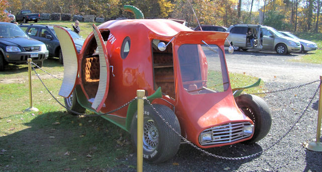 Halloween Hot Rod Pumpkin Car