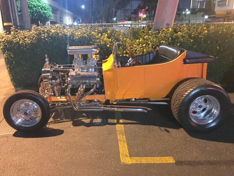 Southern California Car Shows T-Buckets Bobs Big Boy Romano