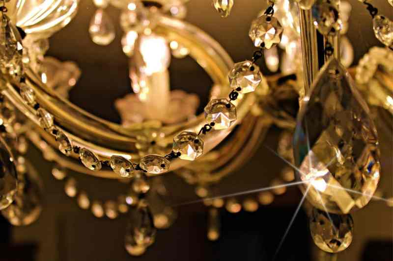 Installing a Chandelier: Why You Should Leave it to the Experts