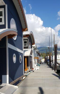 Float homes along the docks at Mosquito Creek Marina