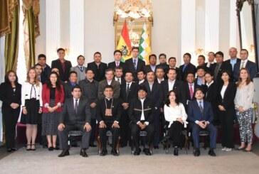 Evo Morales buscará un reencuentro con Piñera pese a la dilación en el tema del mar