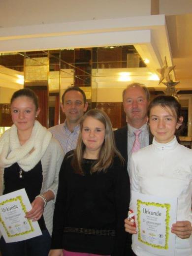 Mädchen Gruppensieger Bezirksklasse 2 Oberbayern 2013