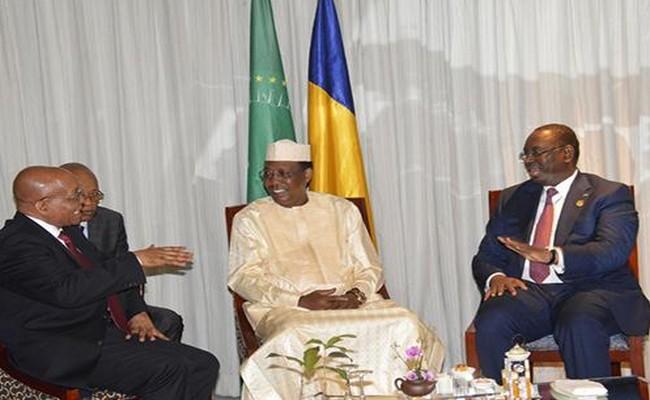 Le Gabon plongé dans une crise grave, le Sultan tchadien Idriss Déby Itno, Président de l'UA, ne fait rien que de continuer à raser les murs