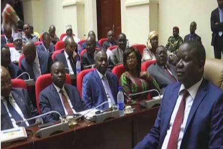 Tchad: report du vote d'une motion de défiance contre le gouvernement