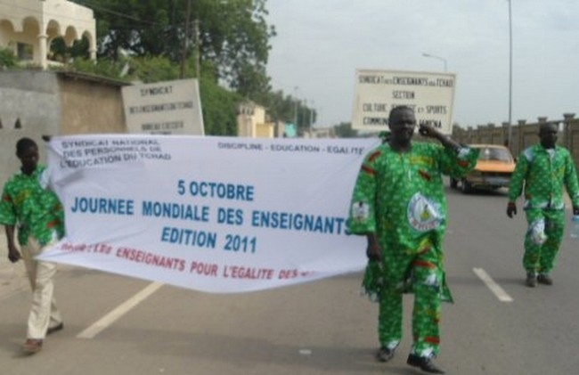 Journée Mondiale des Enseignants: «l'Éducation, le plus sûr investissement que nous pourrons faire pour l'avenir du Tchad» (Président Idriss Déby)