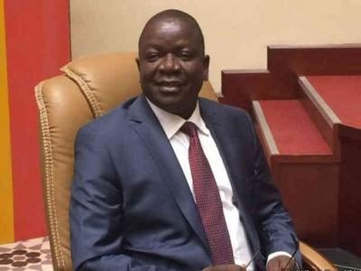 Gel de l'avancement des fonctionnaires du Tchad: face à la détermination de l'UST, Pahimi Padacké, entre reculades et rebuffades, joue avec les mots