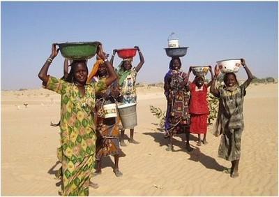 Journée Internationale des Femmes: des fillettes interdites d'enfance au Sahel